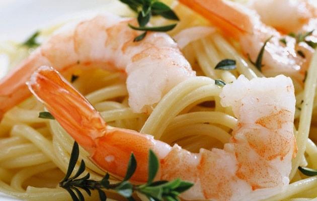 Spaghetti gamberoni e rosmarino