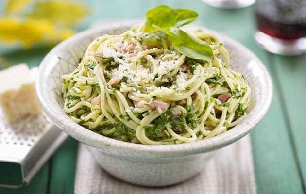 Spaghetti spinaci e pancetta