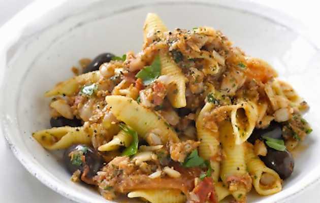 Pasta Con Pesce Spada E Olive Ricette In 30 Minuti