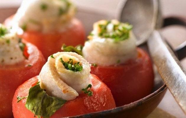 pomodori ripieni pesce